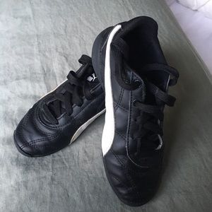 Puma sneakers // size 12,5